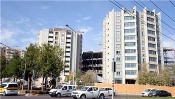 Diyarbakır'ın ikiz kuleleri tıraşlandı!