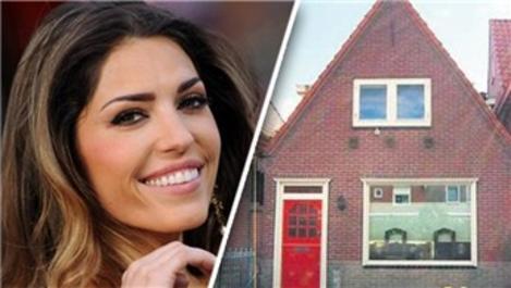 Yolanthe Cabau Hollanda'daki evini 215 bin Euro'ya sattı