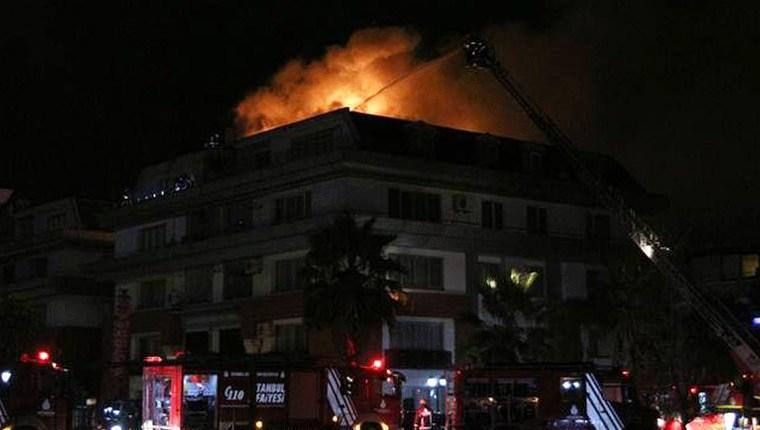 Galatasaraylı futbolcu Cavanda'nın evi yandı!