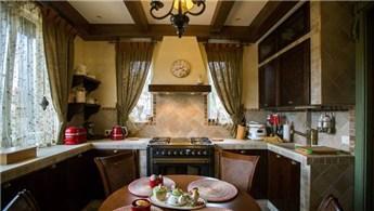 Pastoral dokusuyla hoşunuza gidecek mutfak dekorasyon örnekleri!