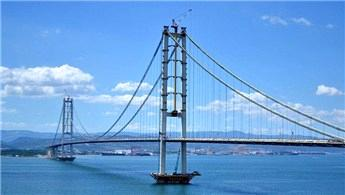 2016 yılında ne kadar köprü ve viyadük trafiğe açıldı?