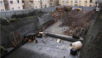 Ümraniye'de inşaat temelinde toprak kayması!