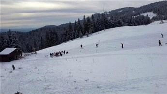 Yıldıztepe Kayak Merkezi'nde hafta sonu yoğunluğu!