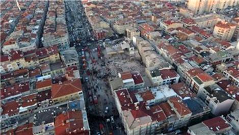 Zeytinburnu'nda çöken bina sonucu 2 kişi öldü