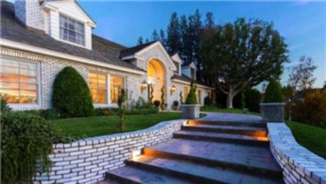 Jennifer Lopez'in evi büyülüyor