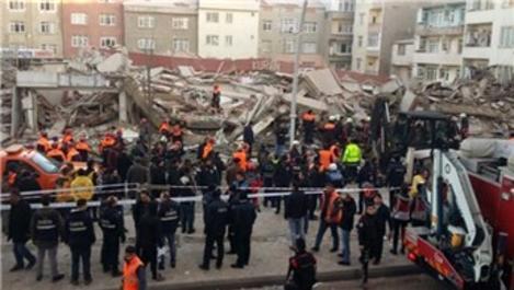 'Zeytinburnu'nda çöken binada neden yıkım yapılmadı?'