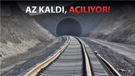 Bakü-Tiflis-Kars demiryolu hattının 2 aylık işi kaldı!