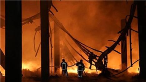 Arnavutköy'de fabrikada patlama!