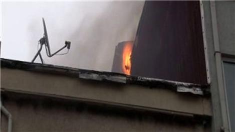 Şişli'de 2 katlı binada yangın