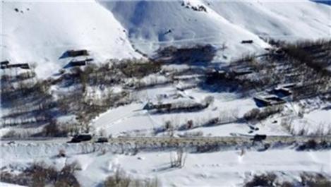 Afganistan'da 150 evden fazlası yok oldu