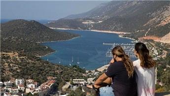 Antalya 2017'de 8 milyon yabancı turist bekliyor!