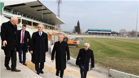 Recep Altepe, Altıparmak Atatürk Meydanı'nı inceledi