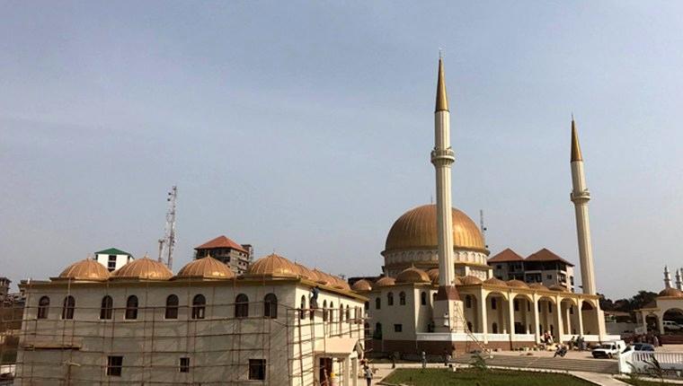 Gine'de Sultan 2. Abdülhamid Han Camisi açıldı!