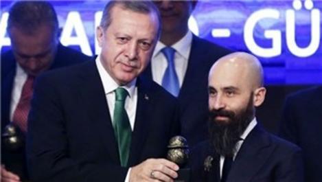 ESTA Construction ödülünü Cumhurbaşkanı Erdoğan'ın elinden aldı