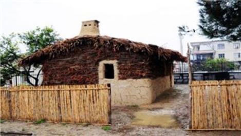 Osmaniye'deki huğ evini müze haline getirdi