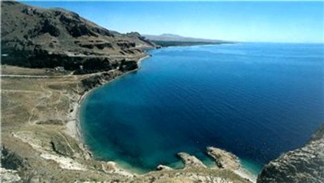 Van Gölü büyüklüğünde güneş enerjisi platformu, Türkiye'ye yeter!