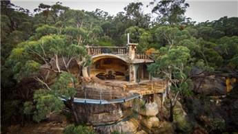 Miras kalan arazideki mağarayı lüks eve dönüştürdü!