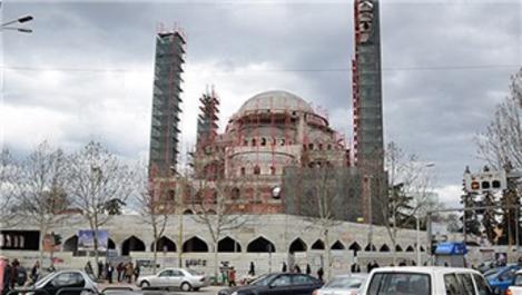 Namazgah Camisi'nin kaba inşaatı tamamlandı