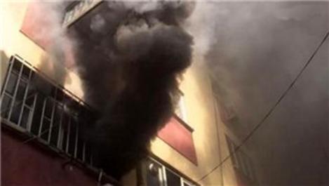 Karaköy'de iş yerinde yangın paniği!