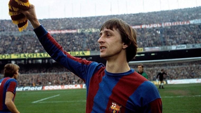 Barcelona, Cruyff'un adını antreman tesisine verecek!