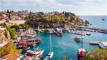Antalya bu yıl 9 milyon turist bekliyor!