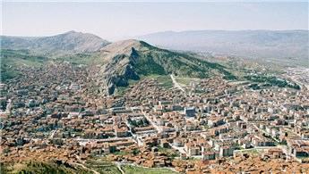 Tokat Erbaa'da satılık konut ve ticaret alanı!