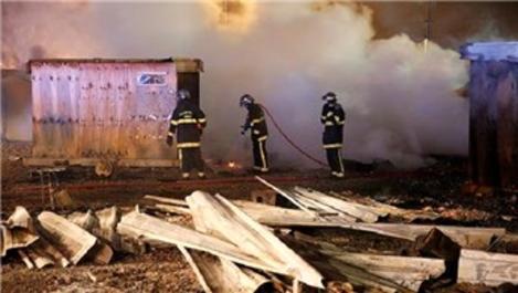 Grande-Synthe sığınmacı kampında yangın çıktı