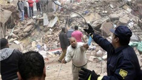 Kolombiya'da çöken binada 20 kişi hayatını kaybetti