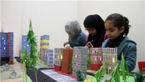 Çocuklar, hayallerindeki Suriye'yi inşa etti!