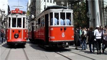 Nostaljik tramvaya kauçuk döşemeli raylar yapılacak