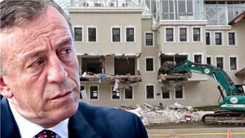 Ağaoğlu'nun Uludağ'daki otelinde yıkım başladı