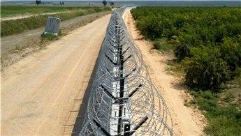 TOKİ, İran sınırına yapılacak 114 km'lik duvarın ihalesini yaptı!