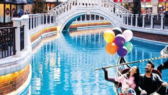 Venedik Mega Outlet'te karnaval coşkusu sürüyor