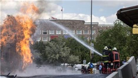 Ankara Adliyesi önünde doğalgaz patlaması!