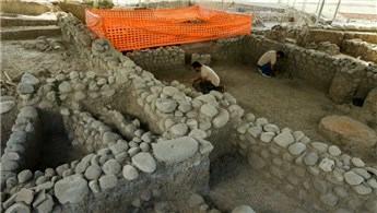 İzmir'de 5 bin yıllık lüks site bulundu