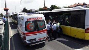 Metrobüs kaza yaptı: 5 yaralı!