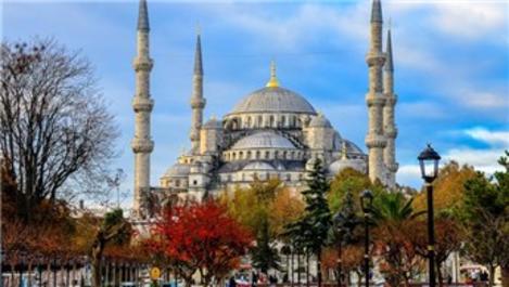 Sultanahmet Camisi'ne ziyaretçi sayısı her geçen gün artıyor!