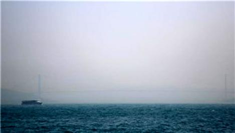 İstanbul Boğazı'nda gemi geçişleri geçici olarak kapatıldı