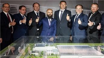 Esta, Mercedes'in Rusya'daki fabrikasında temeli attı!