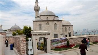 Şemsi Paşa Camisi önündeki yaya yolu çalışması durduruldu
