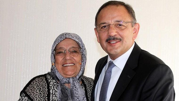 Mehmet Özhaseki'nin tedavi gören annesi annesi vefat etti