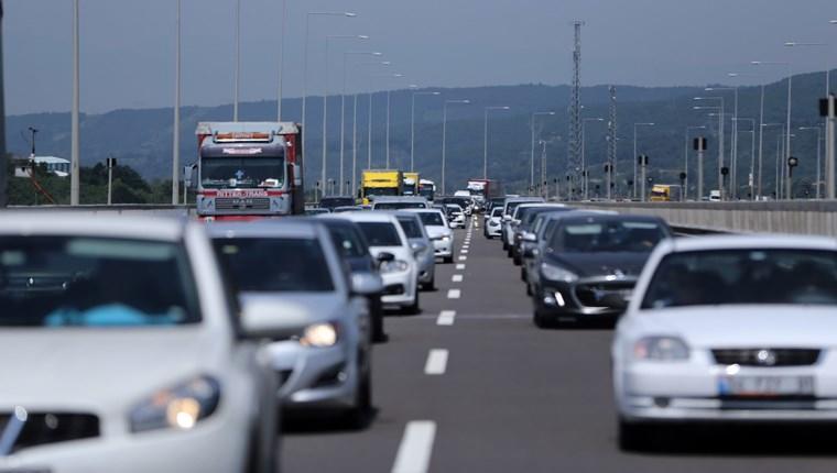 Otoyollarda trafik başladı, hızla artıyor!