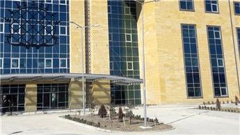 Erol Olçok'un ismi verilen hastanenin bazı bölümleri açıldı