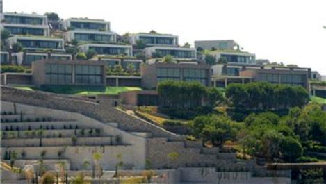 Serdar Bilgili, Bodrum'dan ev baktı