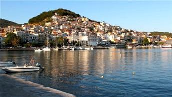 İzmir'in yazlık bölgesi Dikili'de 35 bin liraya arsa!