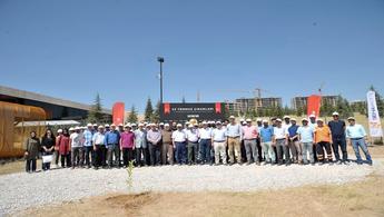 Zermeram'da 249 şehit için çınar dikildi!