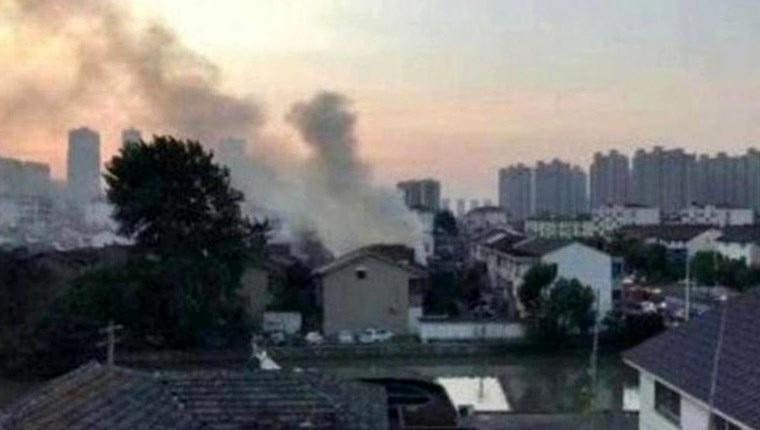 Çin'de iki katlı binada yangın çıktı!