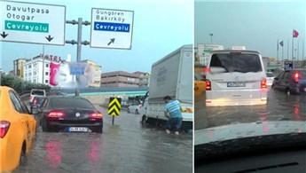 İstanbul'da yollar sel altında kaldı!