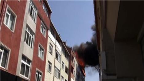 Ataşehir'de izolasyon çalışması sırasında yangın!