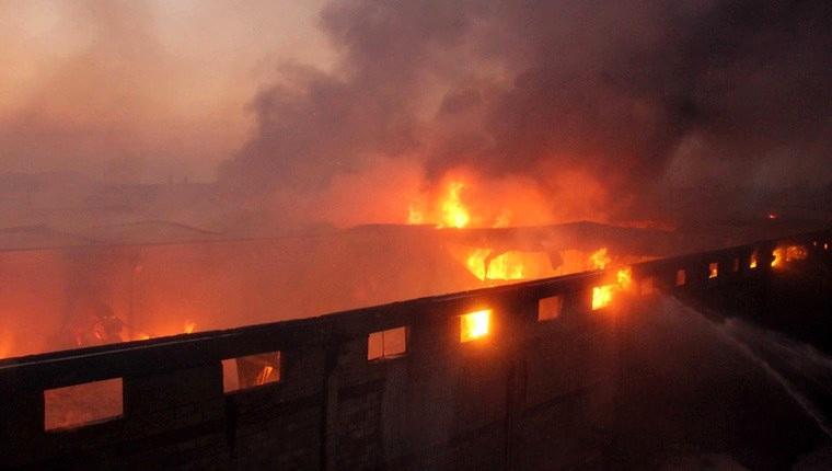 Gaziantep'teki iplik fabrikasında yangın!